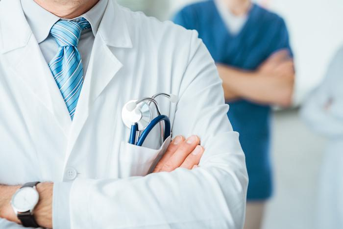 Hôpital en crise : mille signatures de médecins et de cadres de santé pour pour sauver l'hôpital public
