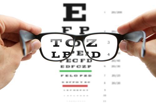Délais d'attentes : vers une délégation des soins à l'optométrie ?