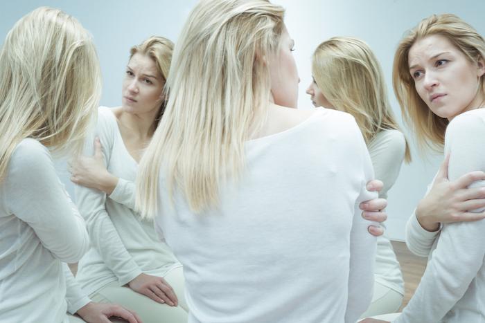 Schizophrénie : élargir le dépistage pour éviter un retard diagnostique