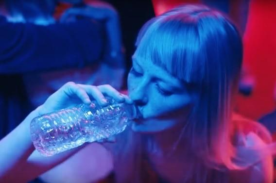 Mois sans alcool : la belgique passe à l'eau minérale