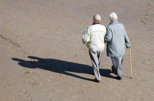 Arthrose et sujet âgé : 45 minutes d'activité physique par semaine sont suffisantes