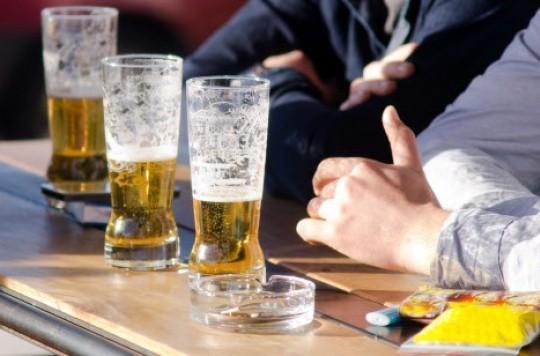 Alcoolisme : plus de 85% des alcooliques sont aussi dépendants à la nicotine