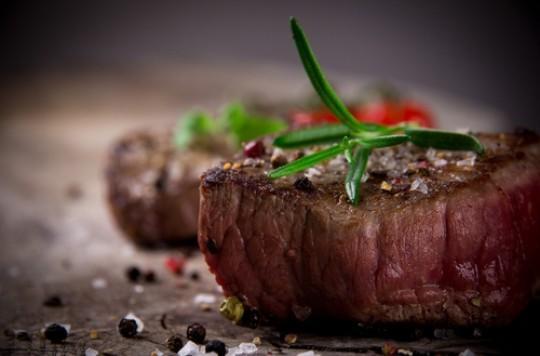 Diverticulite : une forte consommation de viande rouge augmente le risque